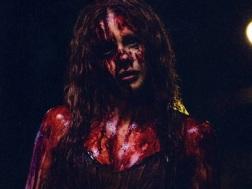 Chloe-Moretz-in-Carrie-2013-Movie-Image-2